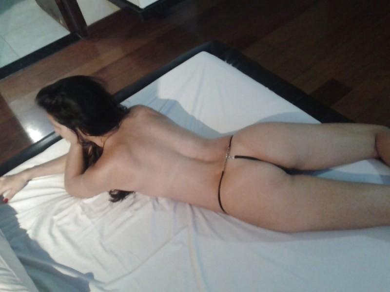 Fotos da esposa magrinha safadinha pelada