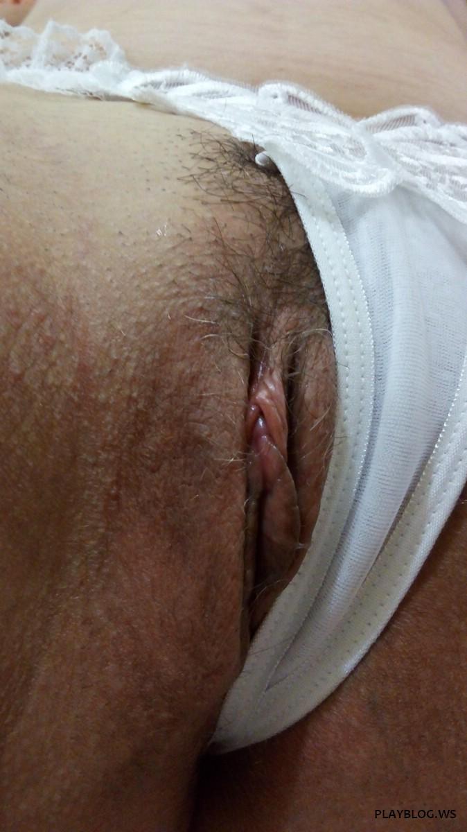 Coroa safadinha de lingerie branquinha