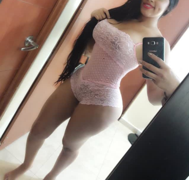 Novinha Cavala muito Gostosa, Sexy e Peituda